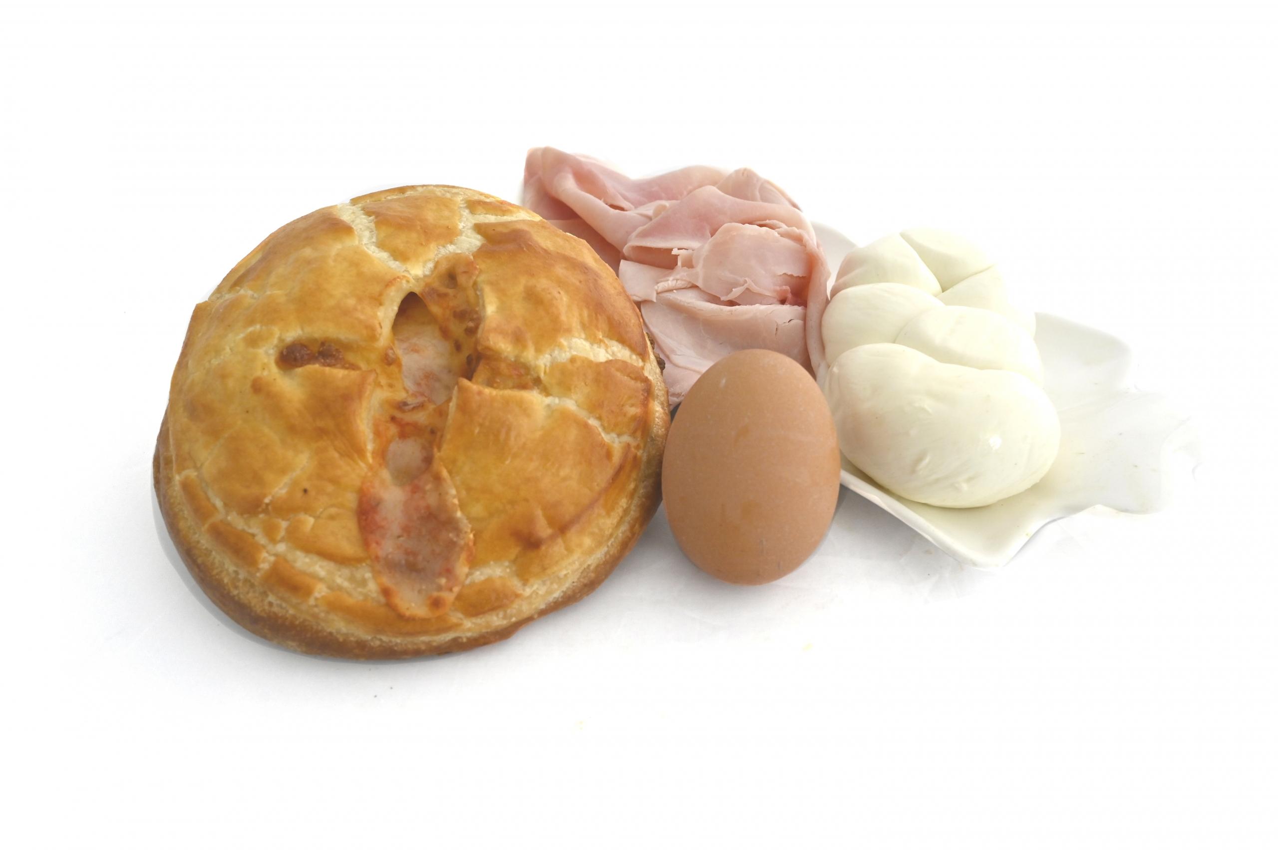 bolognese prosciutto e uovo